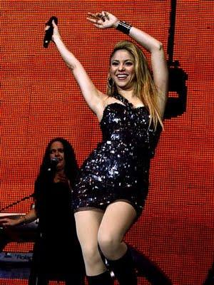 shakira-on-stage-at-the-jingle-bell-ball-1260135235-view-0