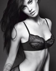 Megan Fox se convierte en la nueva imagen de Armani