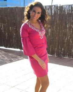 Indhira pone de moda los vestidos de Chatik & Kertan5