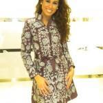 Indhira pone de moda los vestidos de Chatik & Kertan8
