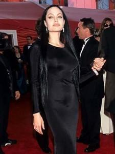 Las peor vestidas de los Oscar en toda la historia1