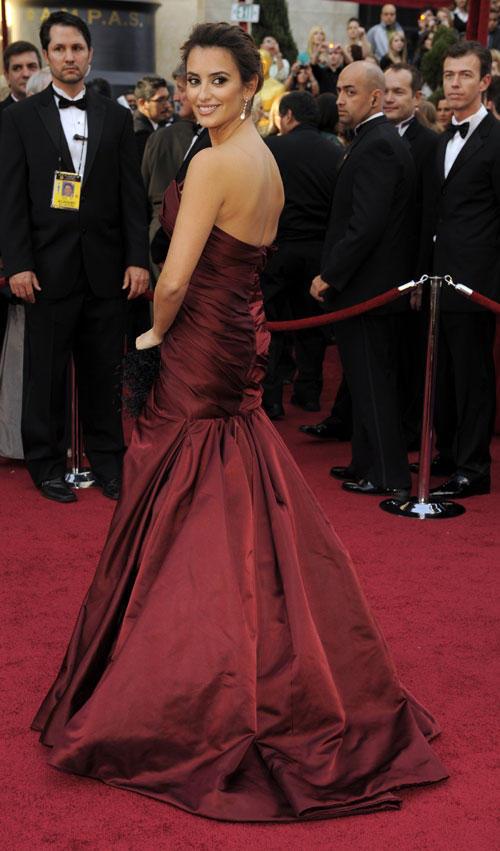 Poco glamour entre los disenos de los Oscar1