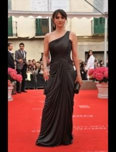 maria_botto vestido negro