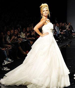 Mischa Barton vestida de novia1