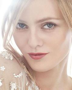 La sexy Vanessa Paradis será la imagen de Chanel