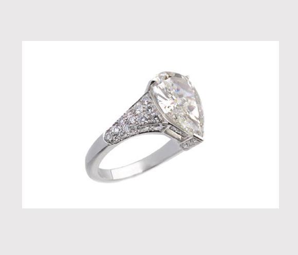 El anillo de compromiso que recibio Charlene Wittstock