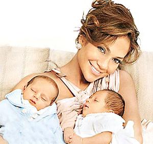 Los gemelos de Jennifer Lopez se suman a la moda