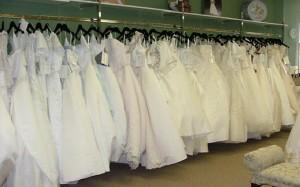 cbd156079 Vestidos de novia de alquiler