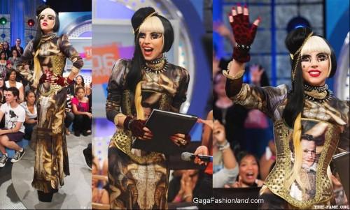 Lady Gaga con el corsé de Maya Hansen