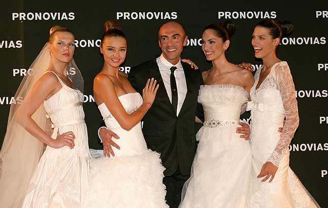 El desfile de la firma española cerró el evento a puro glamour