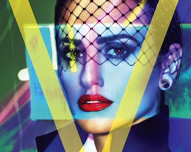 La portada de V junto a Penélope Cruz