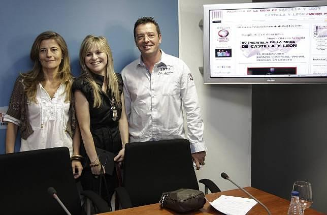 Rosa Méndez, María Lafuente y Javier Vicente, durante la presentación