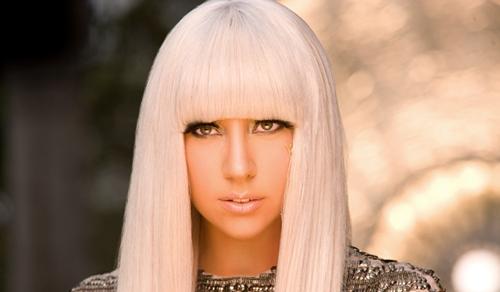 La cantante, ahora también crítica de moda