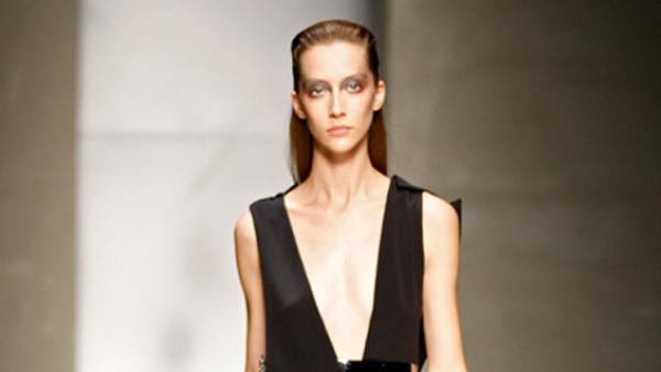 Una vez más, modelos anoréxicas en Milán