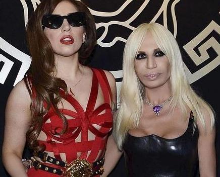 Lady Gaga y Donatella Versace; admiración mutua.